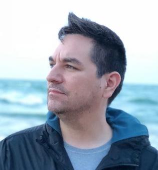 Dave Acosta headshot
